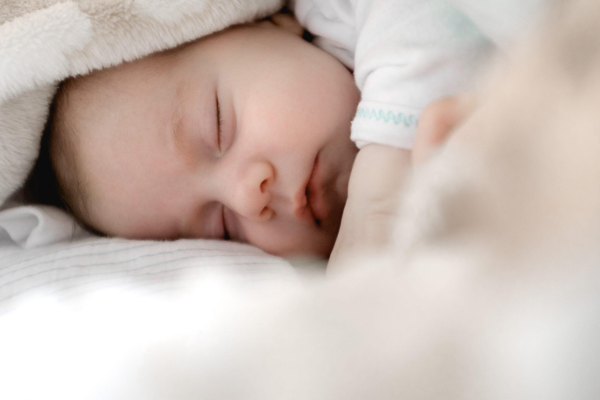 Hvor meget søvn har mit barn brug for?